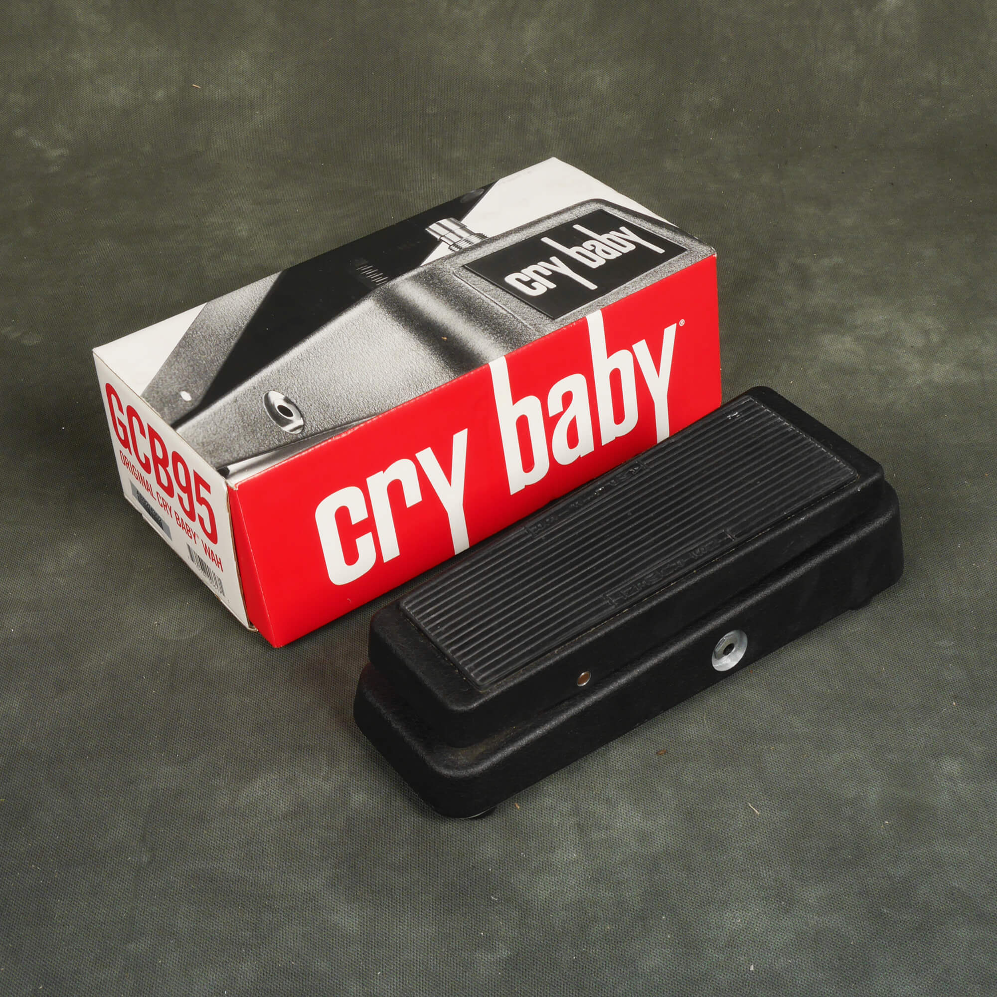 Jim Dunlop Cry Baby Wah FX Pedal w/Box - 2nd Hand