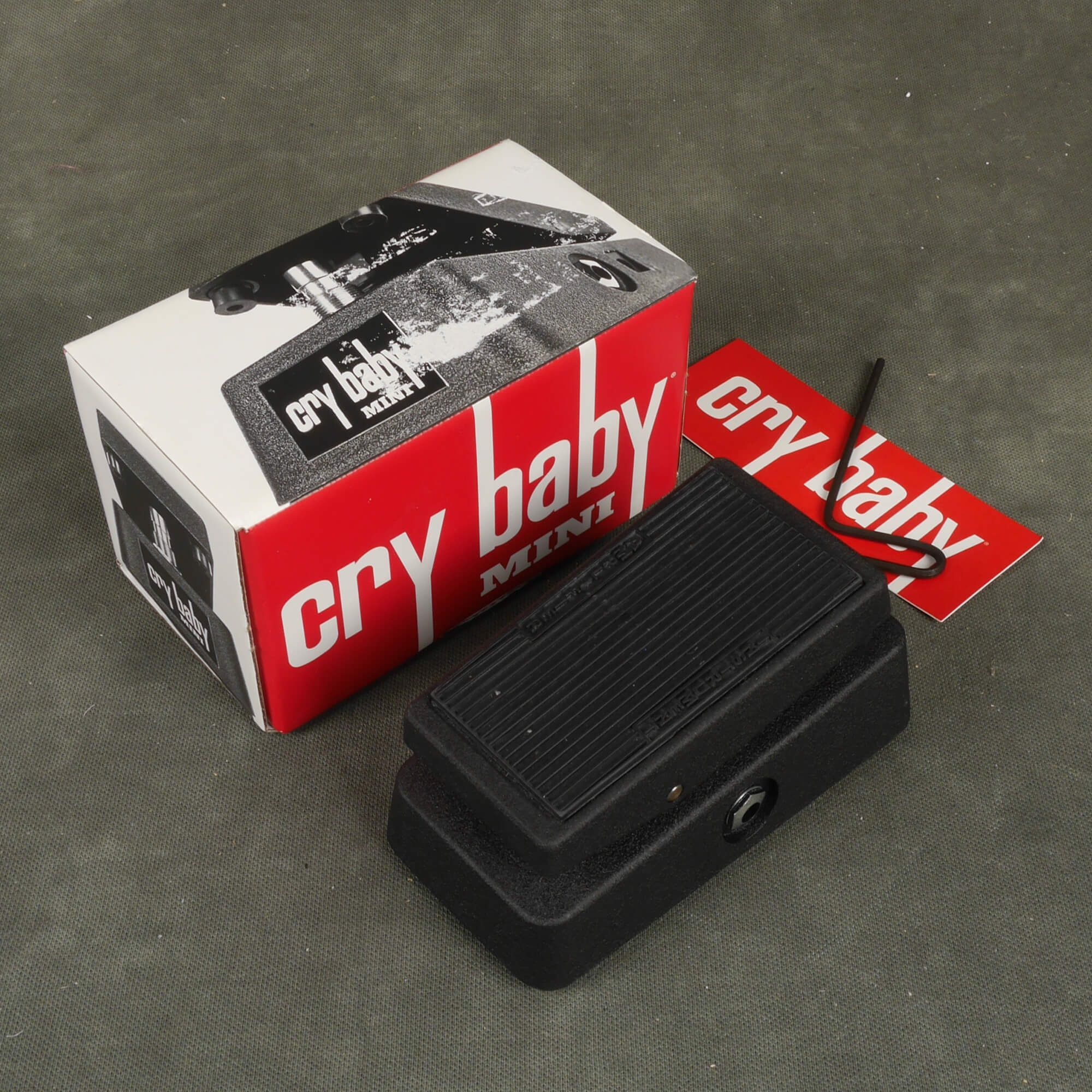 Jim Dunlop CBM95 Cry Baby Mini Wah Pedal w/Box - 2nd Hand