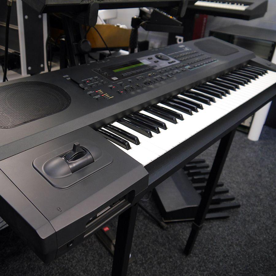 korg i4s keyboard synthesiser 2nd hand rich tone music. Black Bedroom Furniture Sets. Home Design Ideas