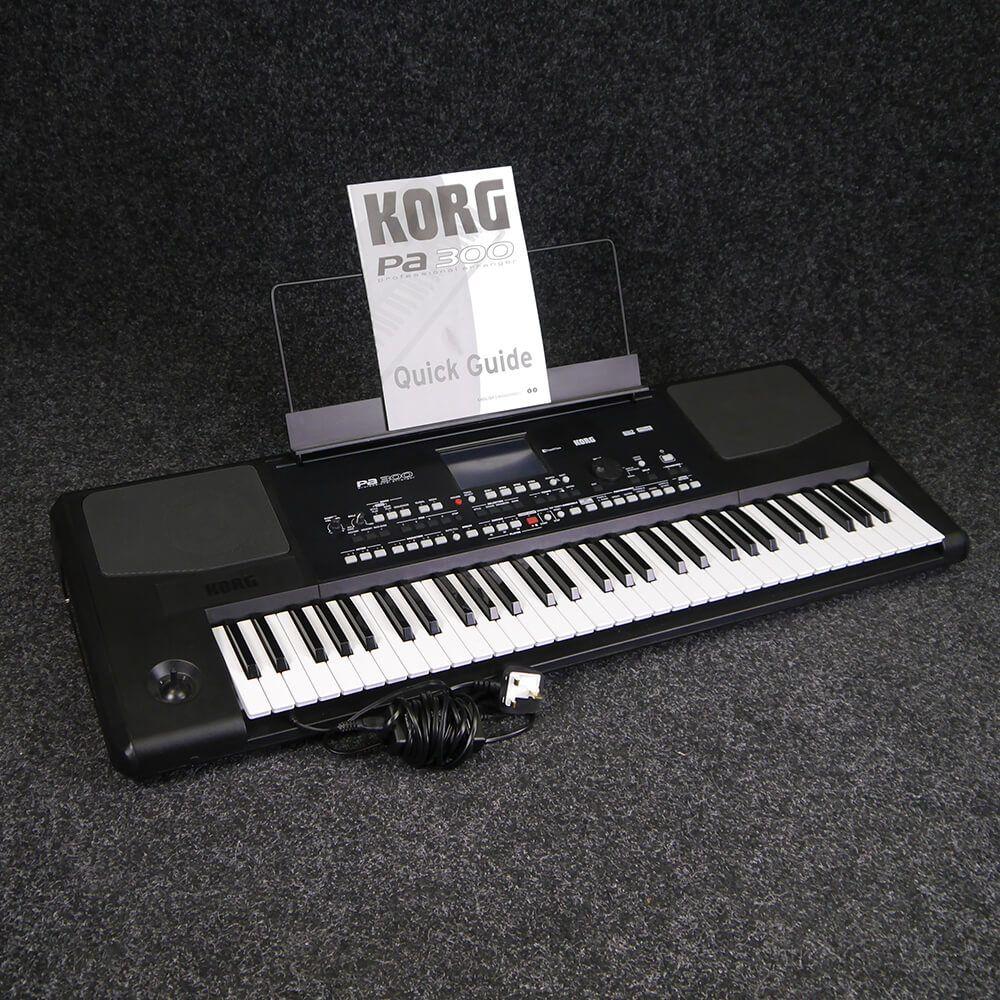 korg pa 300 arranger keyboard 2nd hand rich tone music. Black Bedroom Furniture Sets. Home Design Ideas