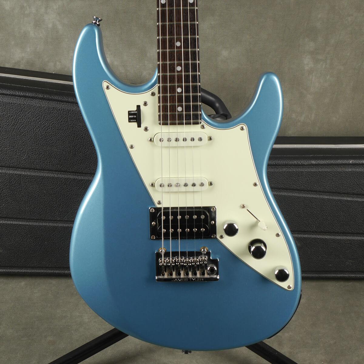 Line 6 James Tyler Variax JTV 69 - Lake Placid Blue w/Hard Case - 2nd Hand
