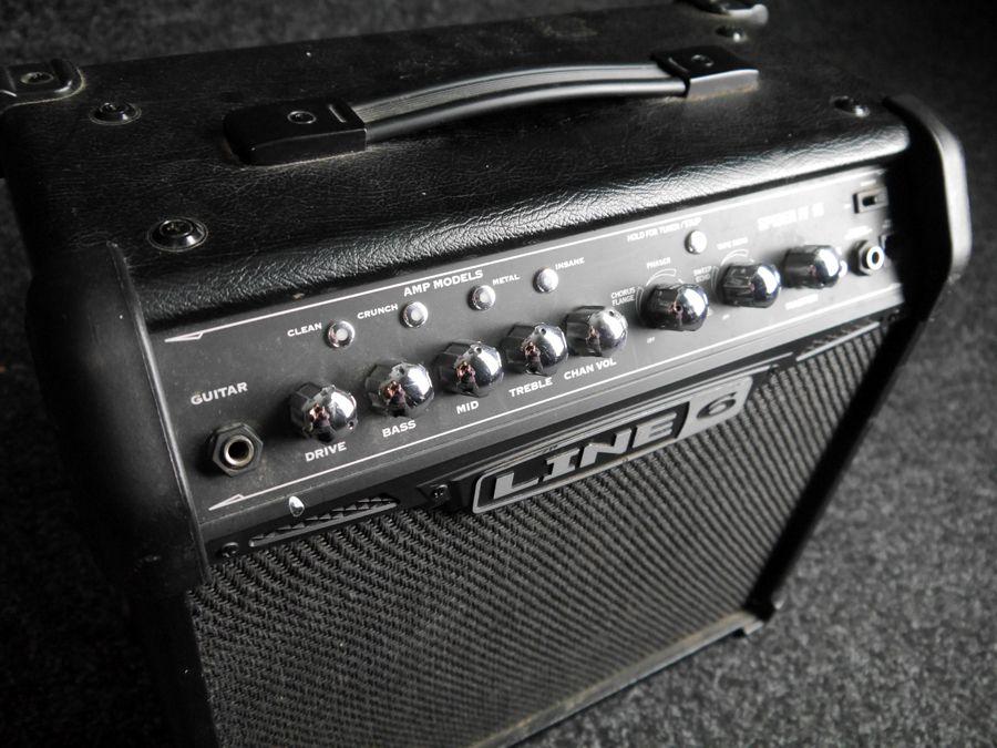 line 6 spider iv 15 guitar amp 2nd hand rich tone music. Black Bedroom Furniture Sets. Home Design Ideas