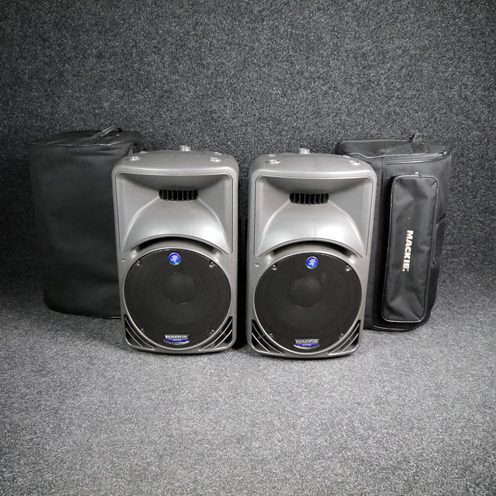 Mackie SRM450 Speakers Pair w/Gig Bag - 2nd Hand **COLLECTION ONLY**