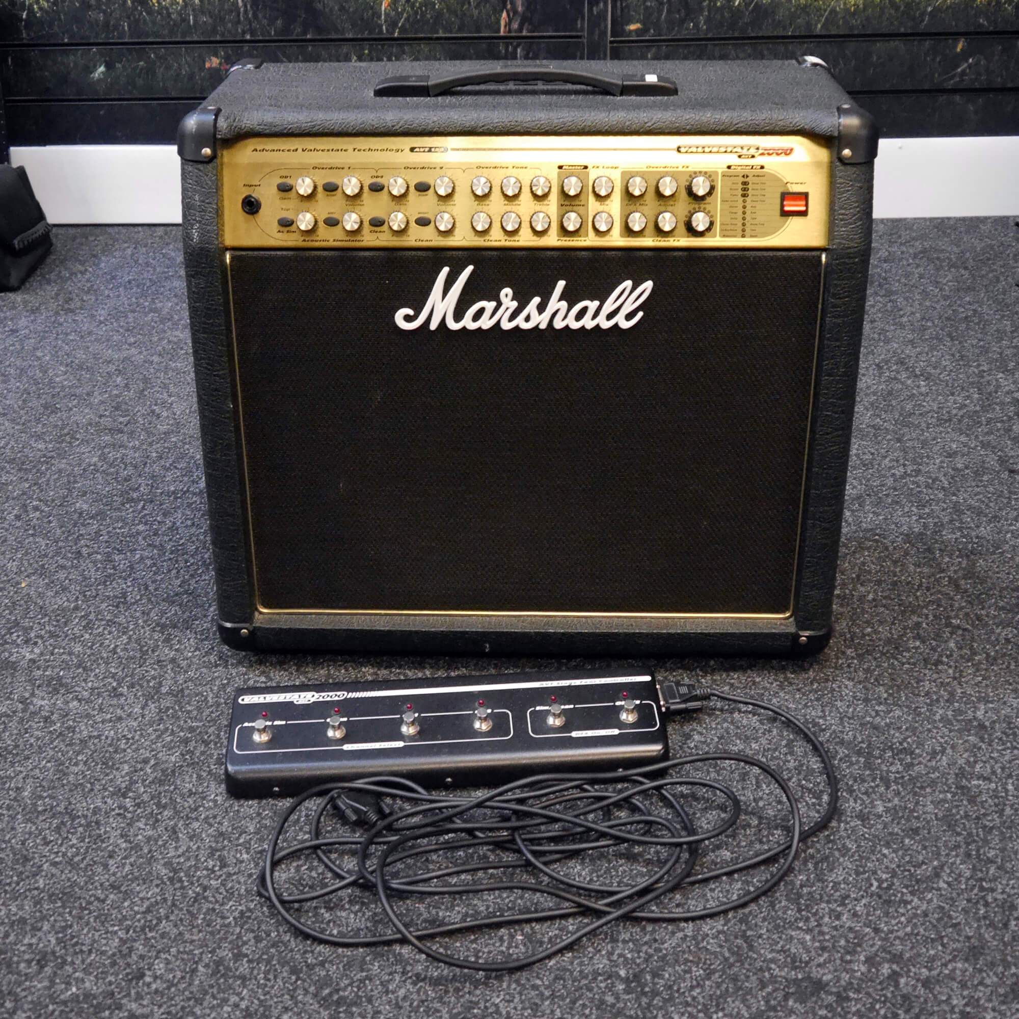 Marshall AVT150 Combo Amplifier with Footswitch - 2nd Hand **UK SHIPPING ONLY**