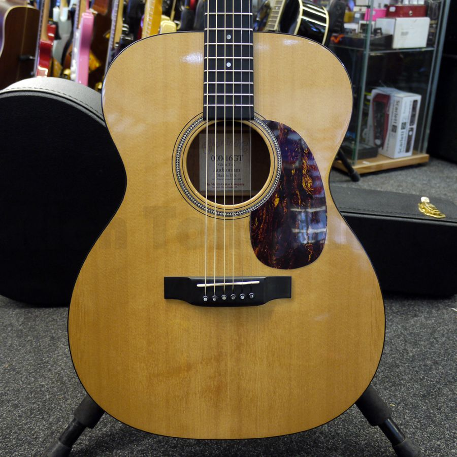 martin 000 16gt 16 series acoustic guitar w hard case 2nd hand rich tone music. Black Bedroom Furniture Sets. Home Design Ideas