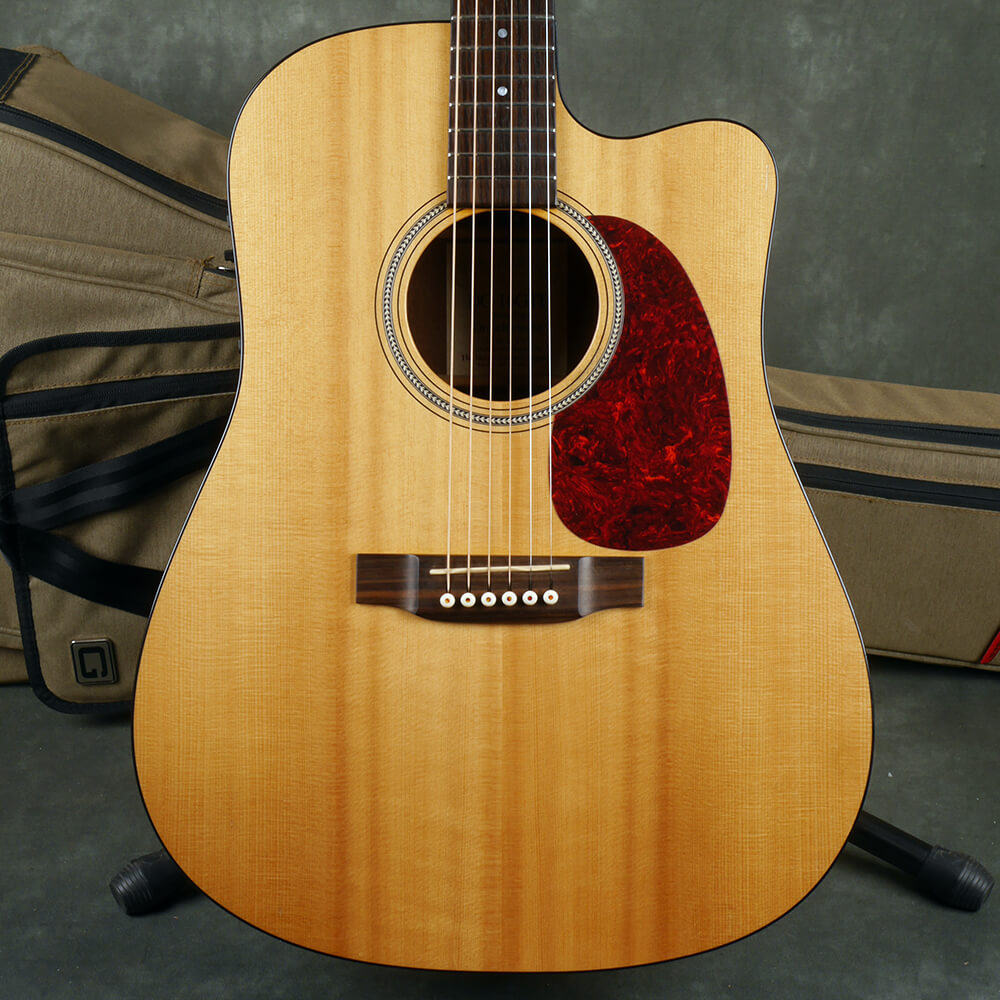 Martin DC-16GTE Dreadnought Electro-Acoustic Guitar - Natural w/Bag - 2nd Hand