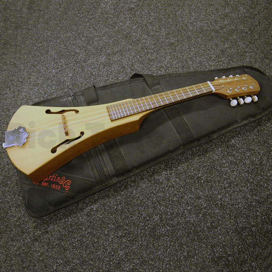 martin backpacker mandolin w gig bag 2nd hand rich tone music. Black Bedroom Furniture Sets. Home Design Ideas