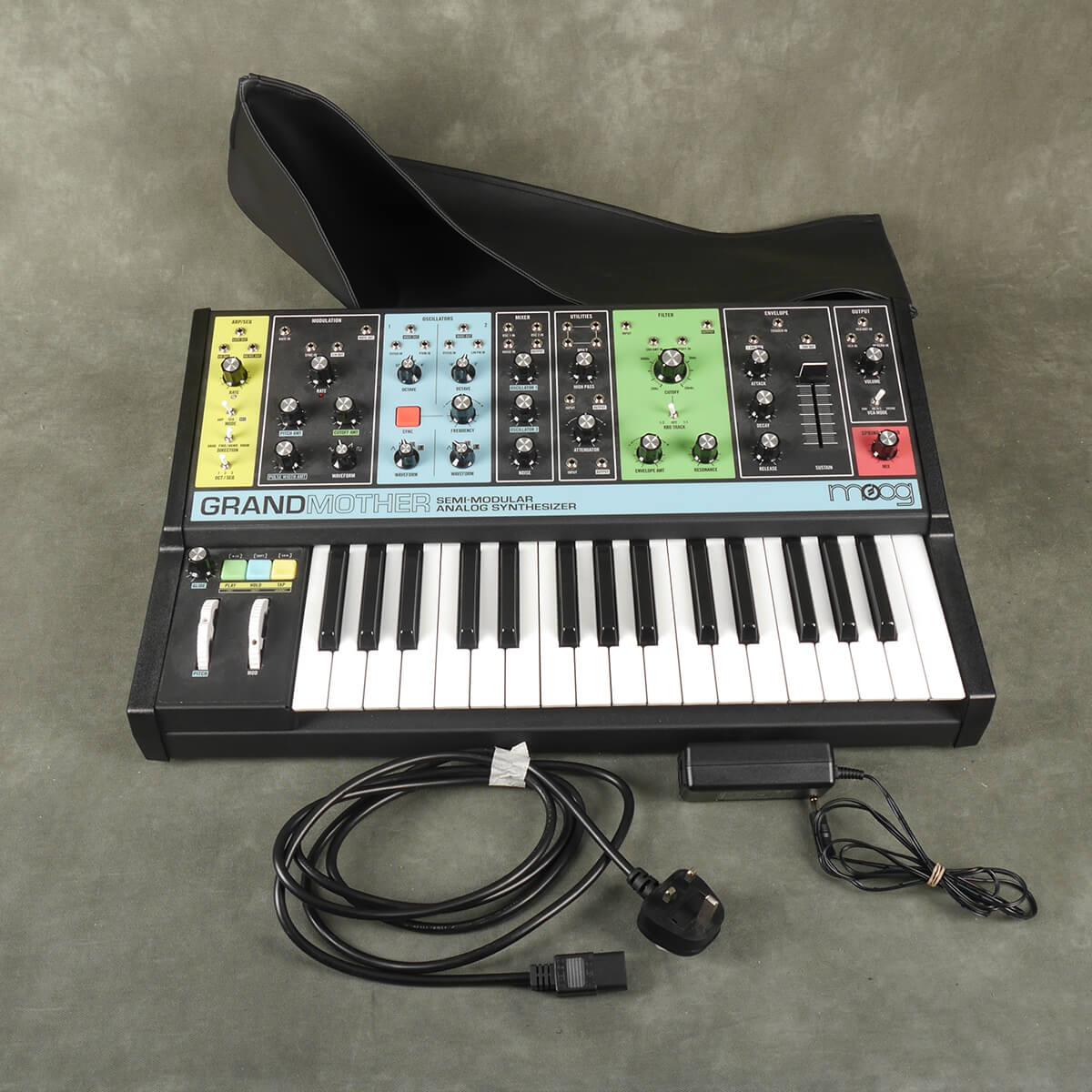 Moog Grandmother Analog Mono Synth & PSU w/Cover - 2nd Hand