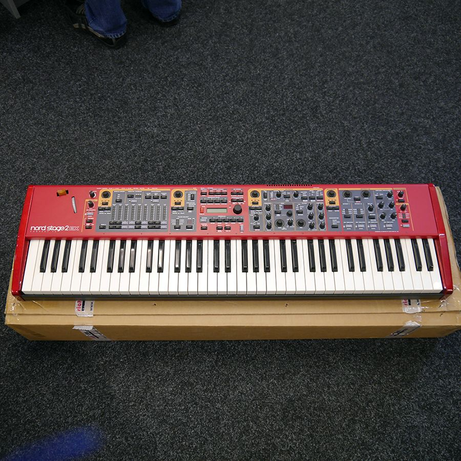 Nord Stage 2 EX Compact Synthesizer w/ Box - 2nd Hand