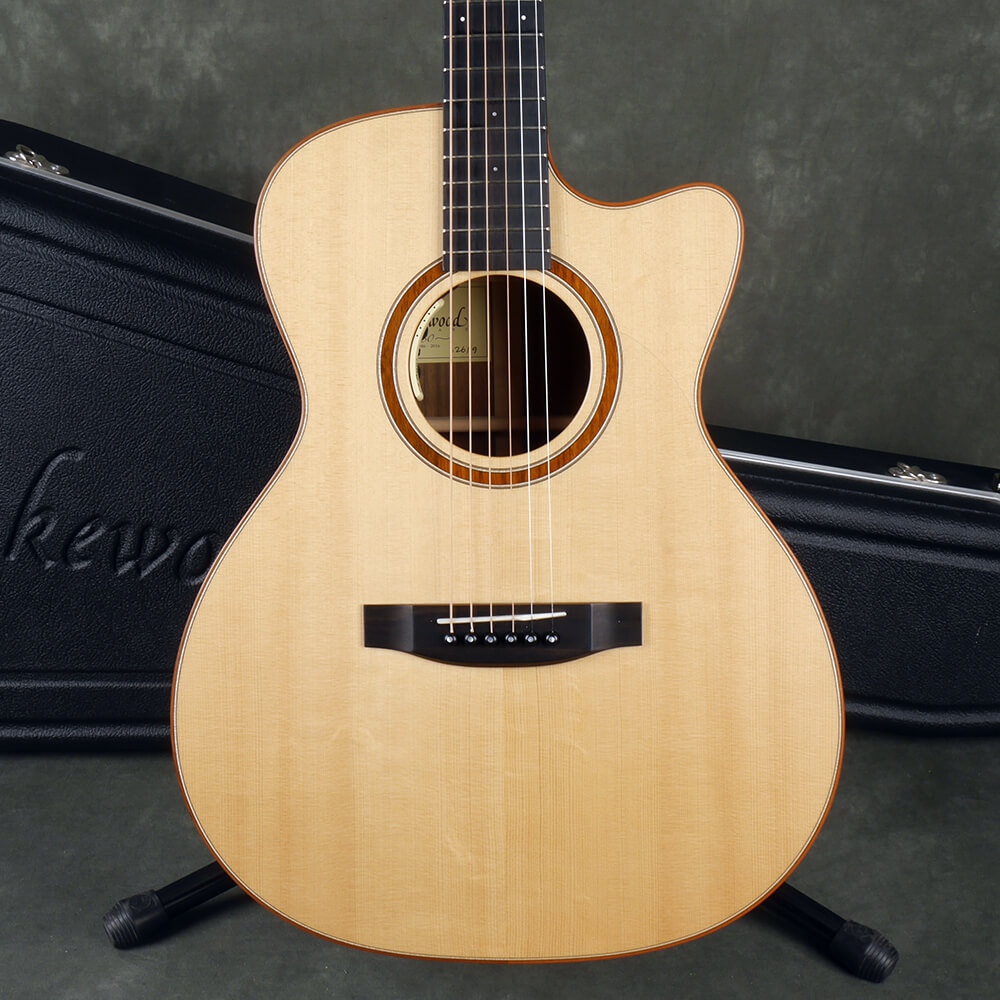 Lakewood M-18 CP Electro-Acoustic - Natural w/Hard Case - 2nd Hand