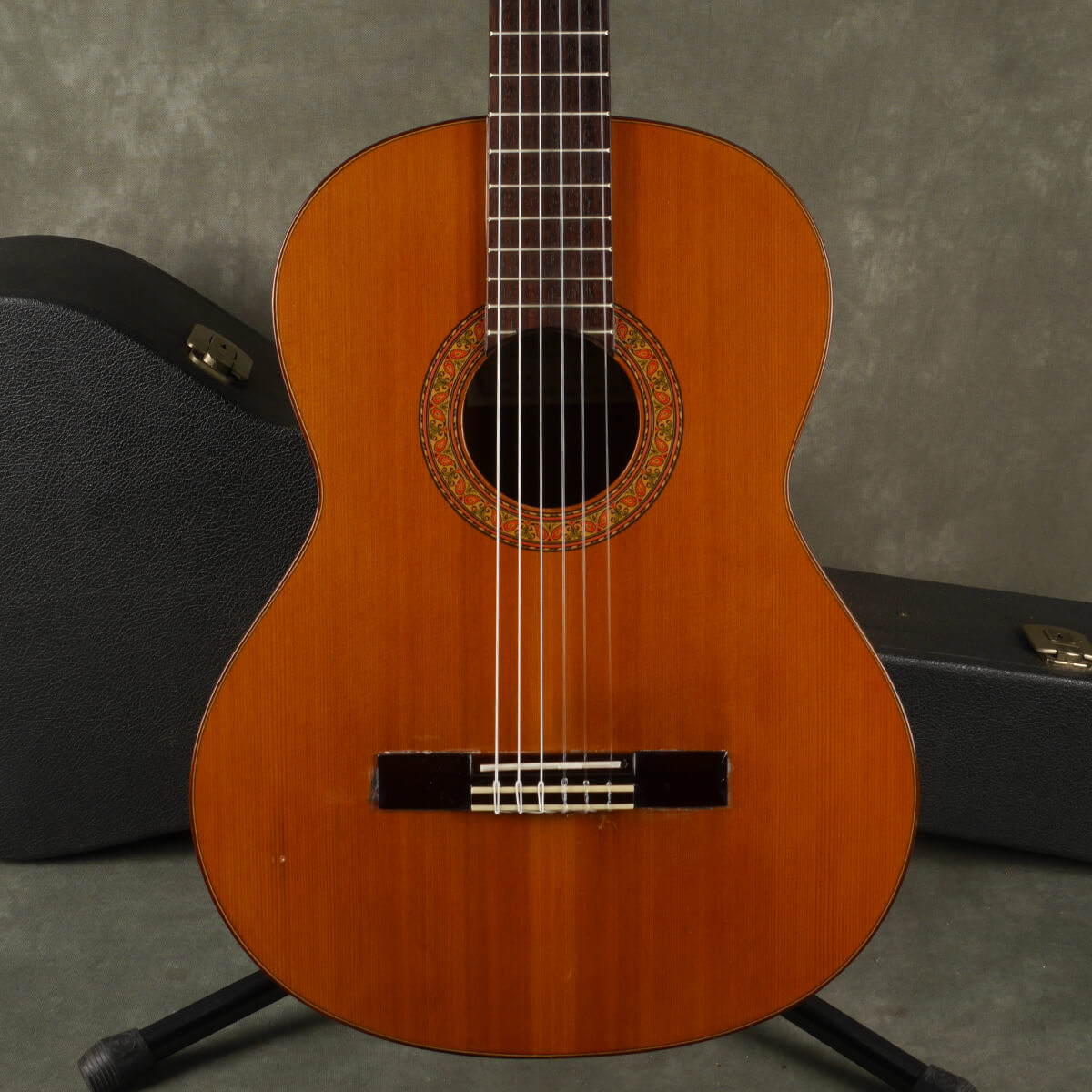Alhambra 4P Classical Guitar - Natural w/Hard Case - 2nd Hand