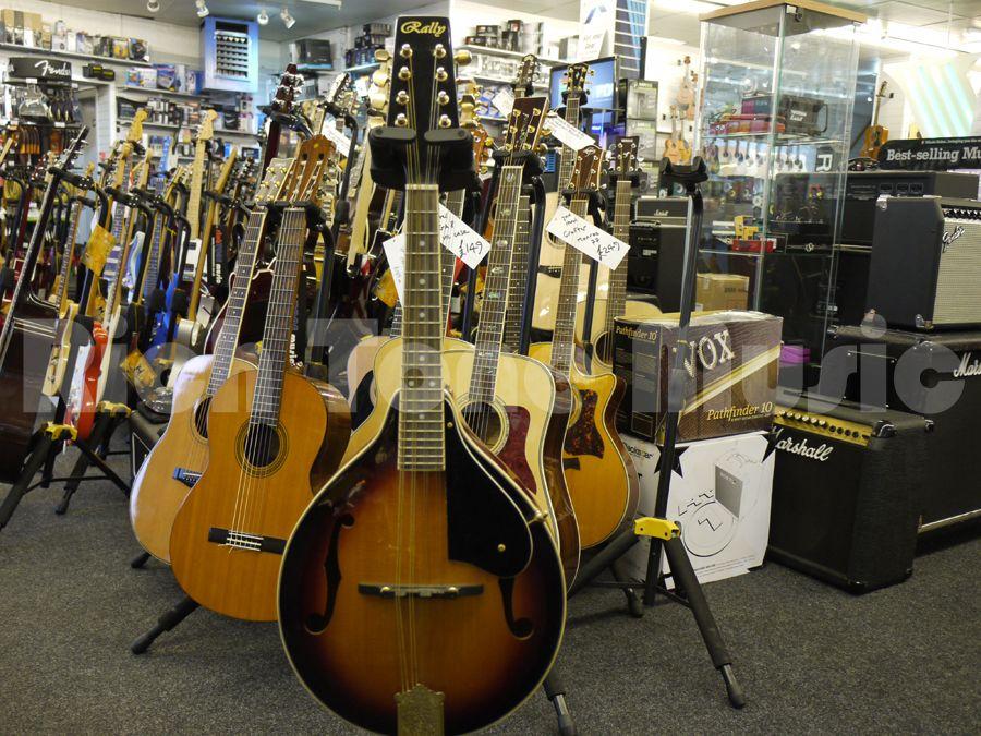 Rally Mandolin Acoustic Guitar - 2nd Hand