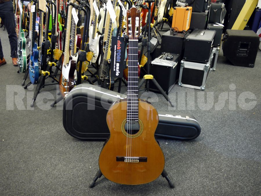 b213f00890e Media. Great chance to pick up a nice 2nd Hand Pavan TP-30-64 Spanish  Classical Guitar w/ Hard Case.