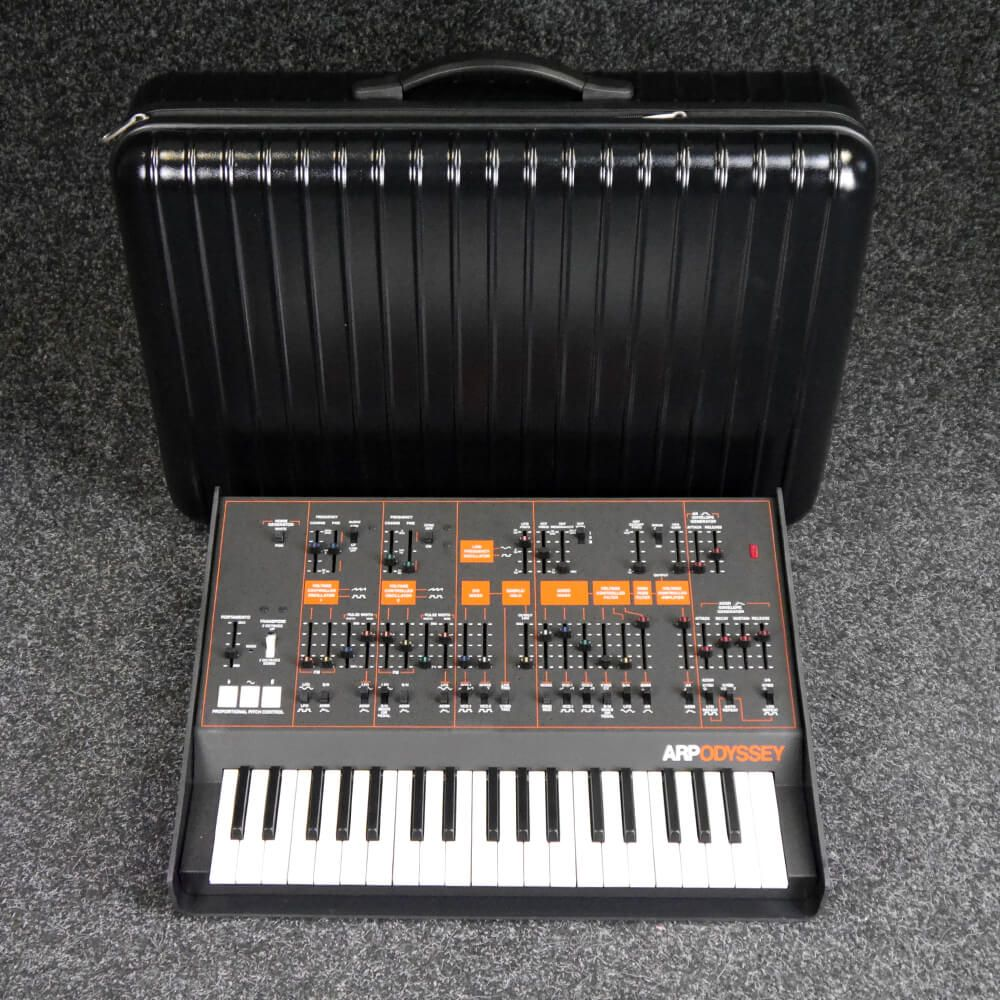 korg arp odyssey synthesizer keyboard w hard case 2nd hand rich tone music. Black Bedroom Furniture Sets. Home Design Ideas