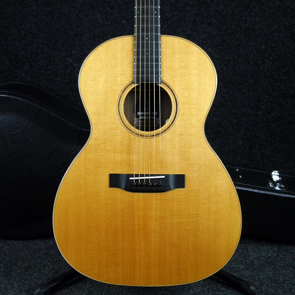 Auden Chester Fullbody Acoustic Guitar - Natural w/Hard Case - 2nd Hand