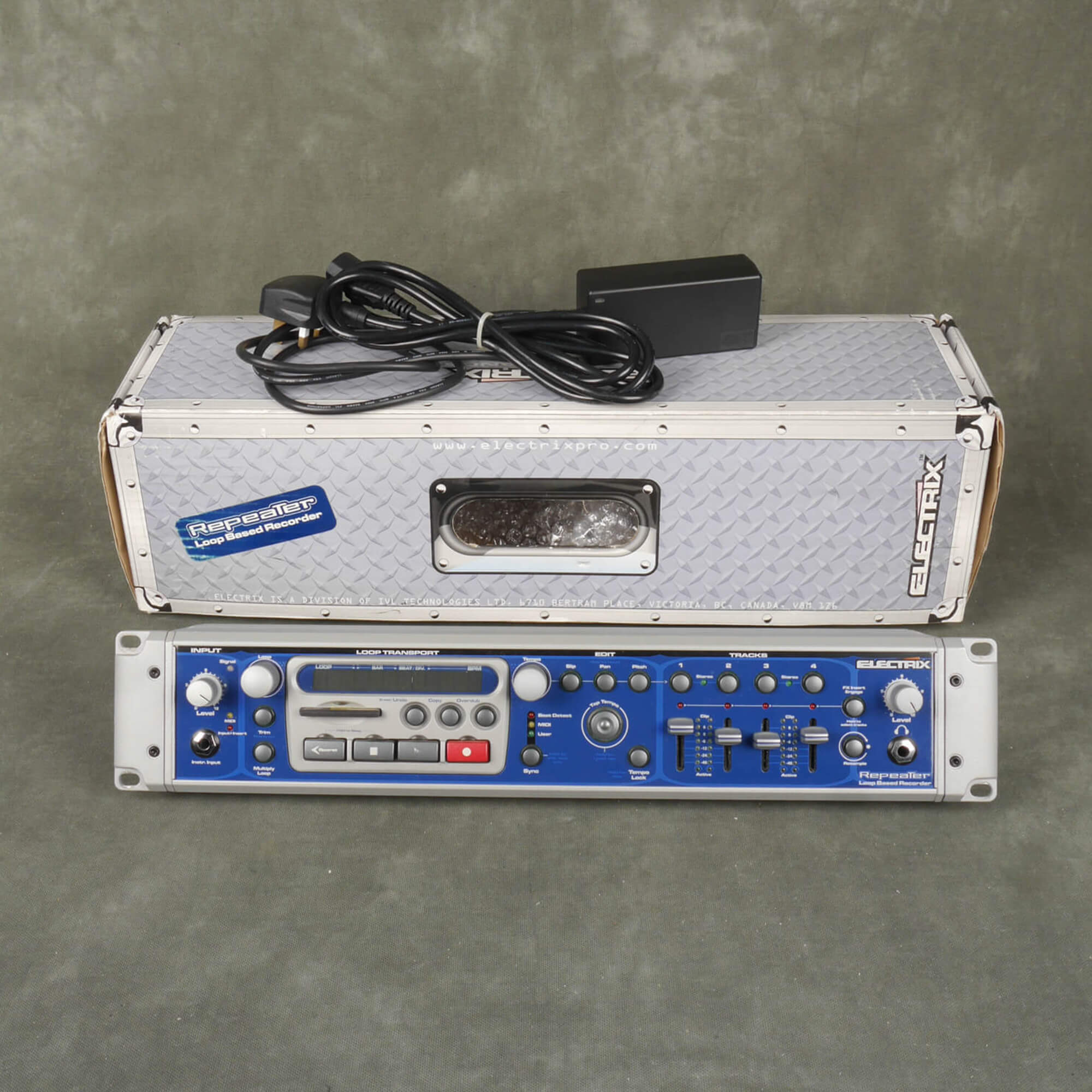 Electrix Repeater w/Box - 2nd Hand