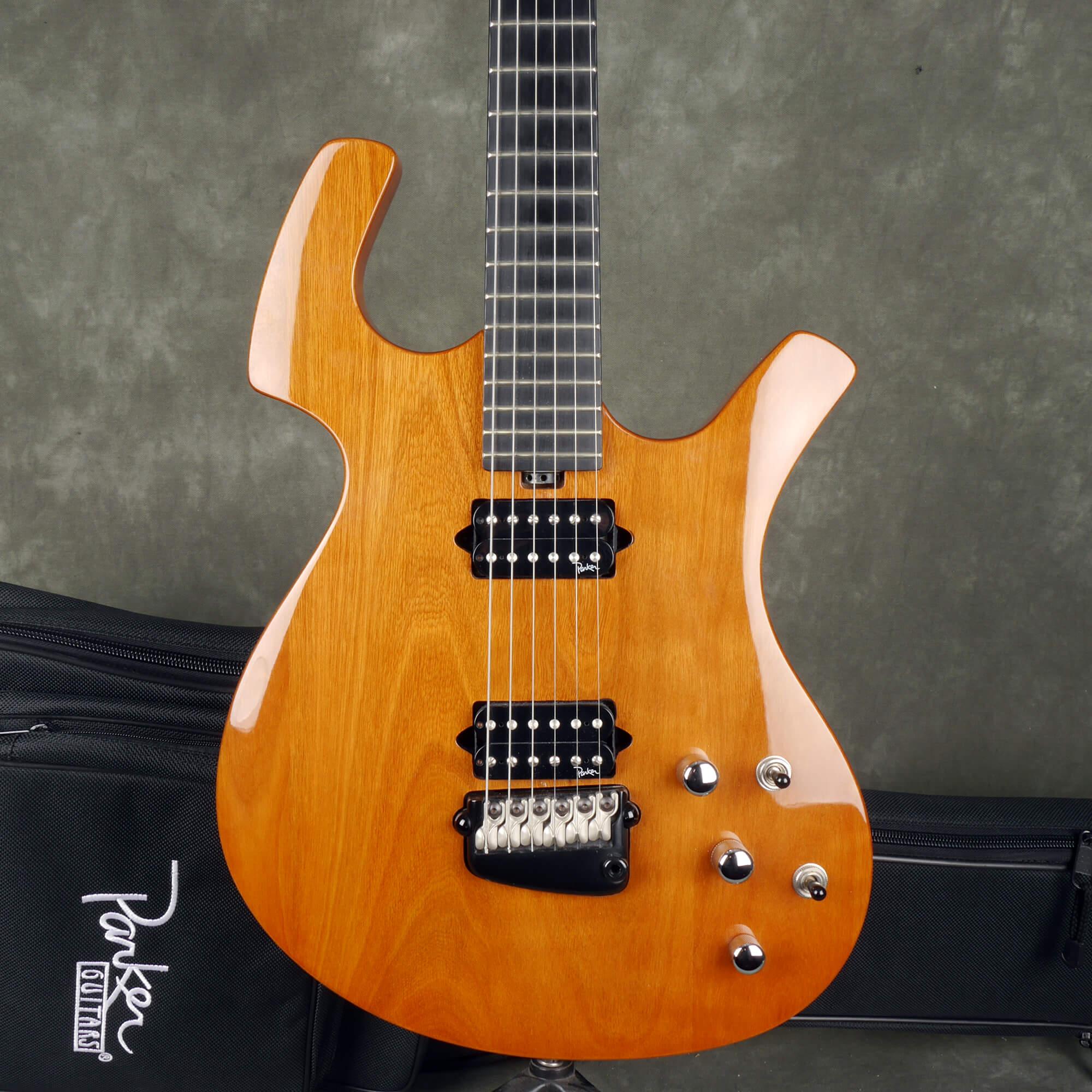 Parker P-44V Electric Guitar - Natural w/Gig Bag - 2nd Hand