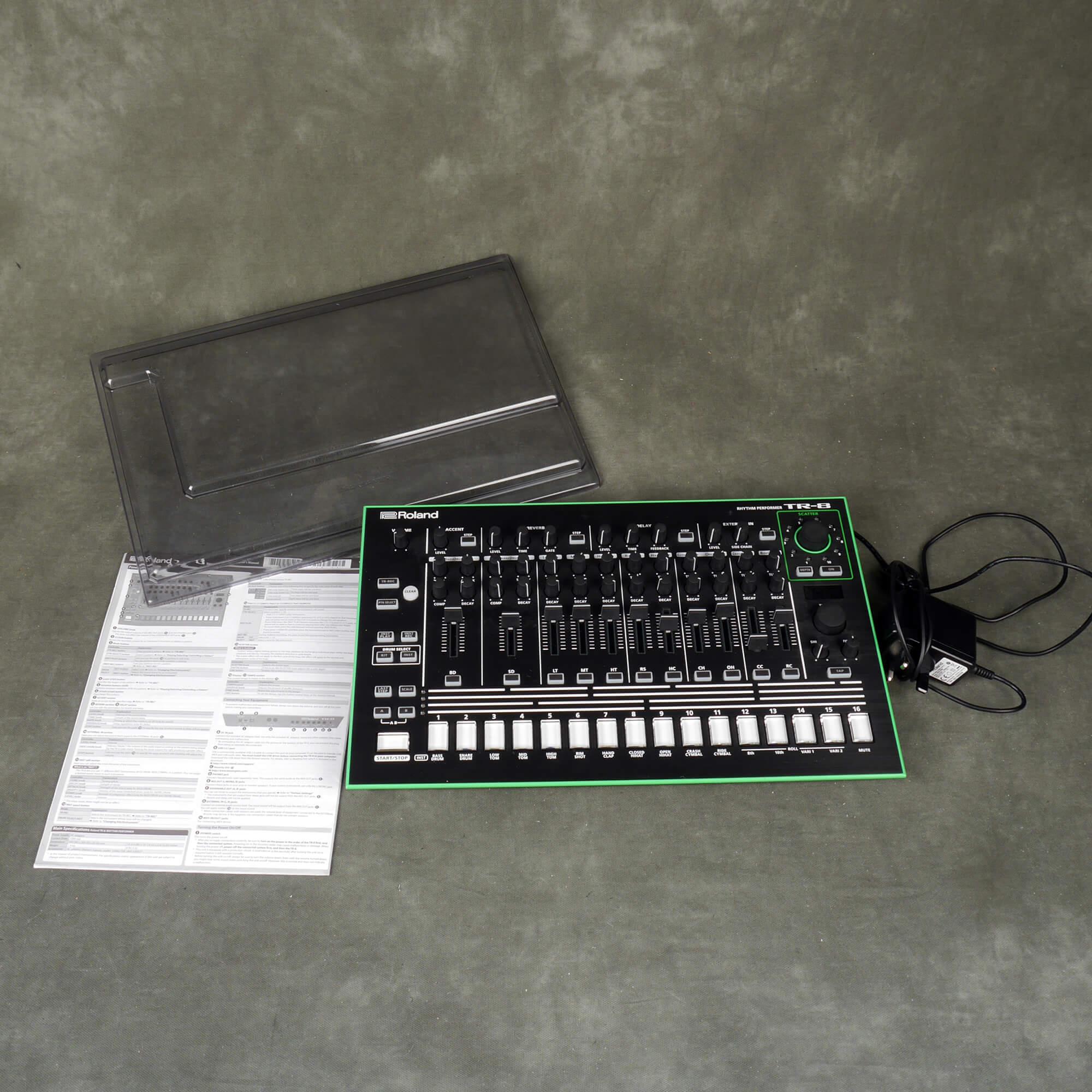 Roland TR8 Drum Machine w/Cover - 2nd Hand