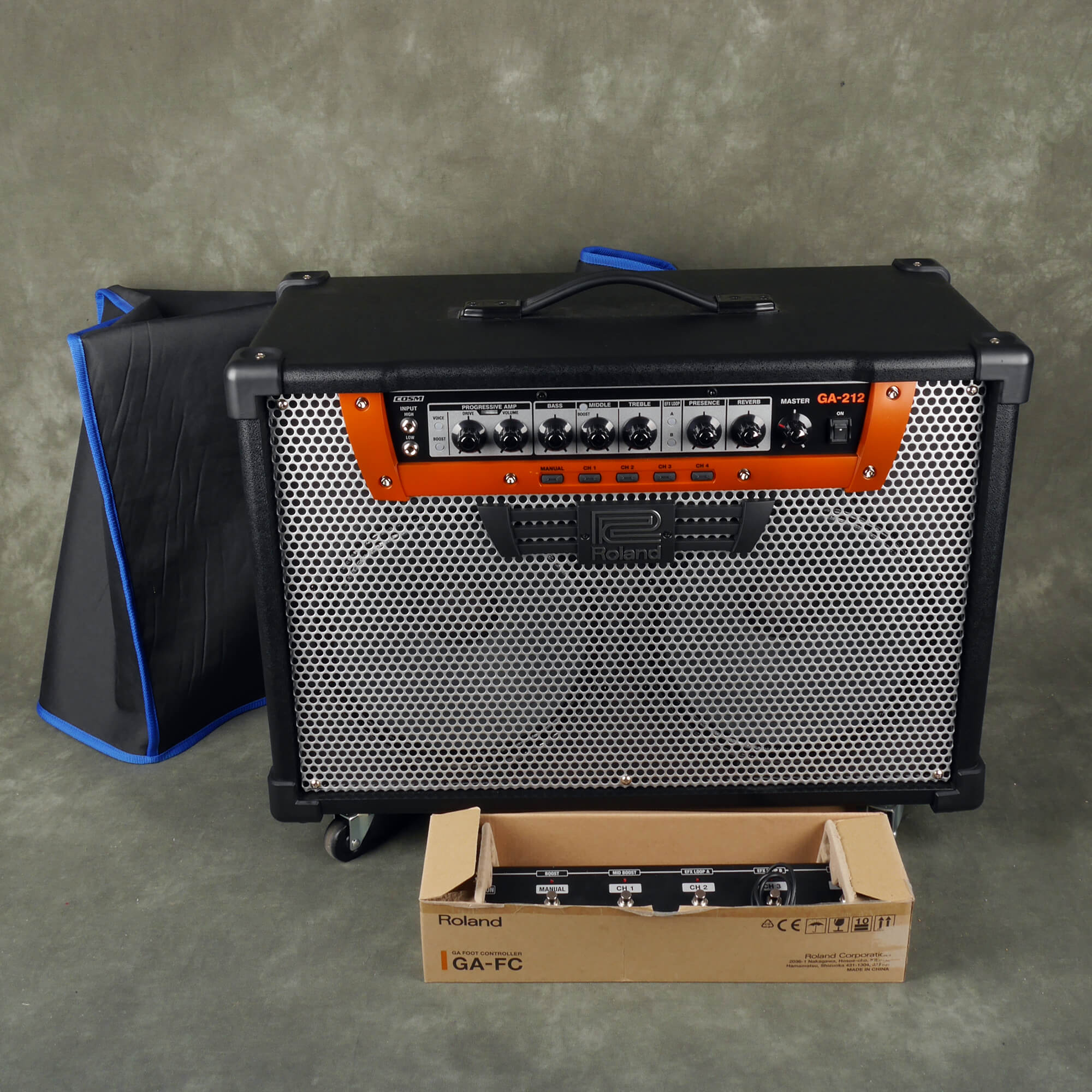 Roland GA212 Guitar Combo Amplifier w/Cover - 2nd Hand **COLLECTION ONLY**