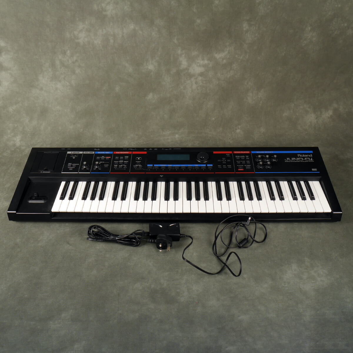 Roland JUNO-Di Mobile Synthesizer with Power Supply - 2nd Hand
