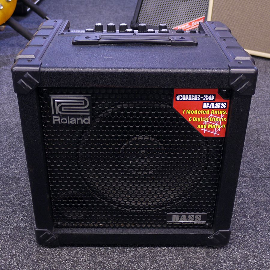 roland bass cube 30 amplifier 2nd hand rich tone music. Black Bedroom Furniture Sets. Home Design Ideas