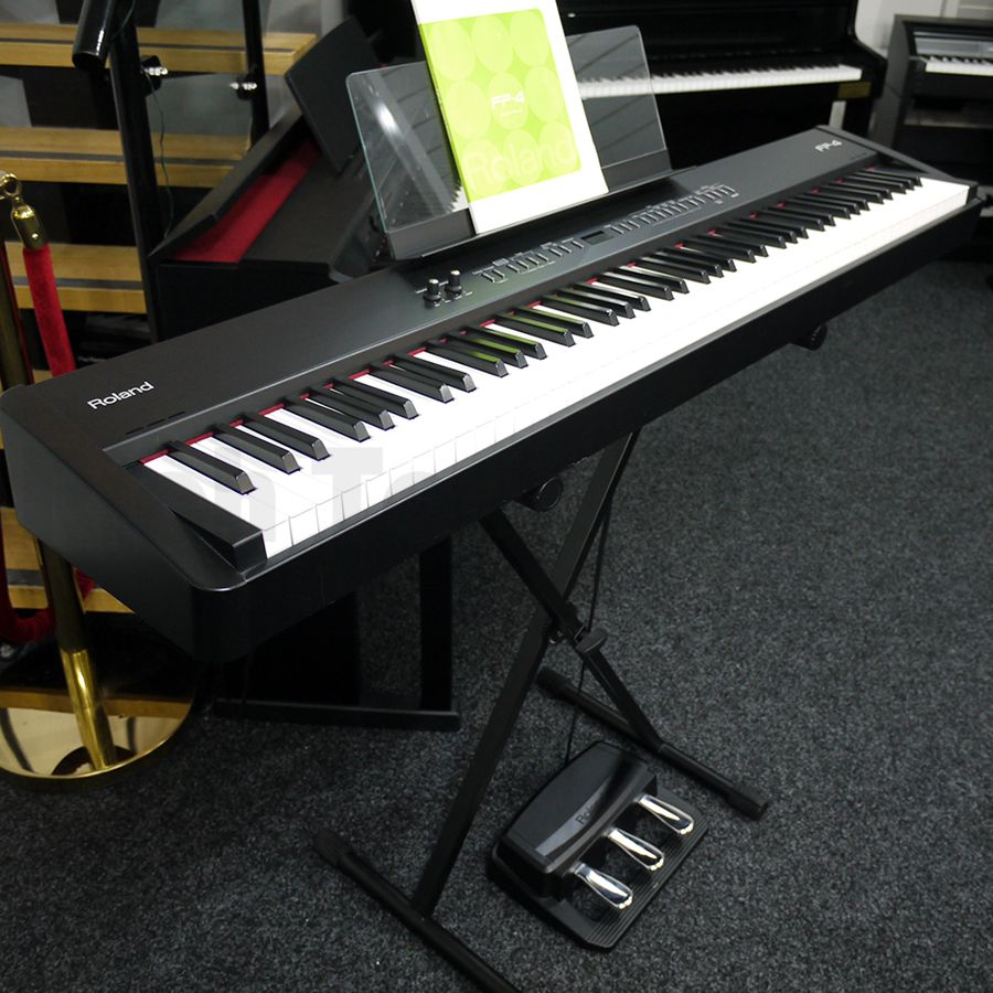 roloand fp 4 digital portable piano w pedals 2nd hand rich tone music. Black Bedroom Furniture Sets. Home Design Ideas