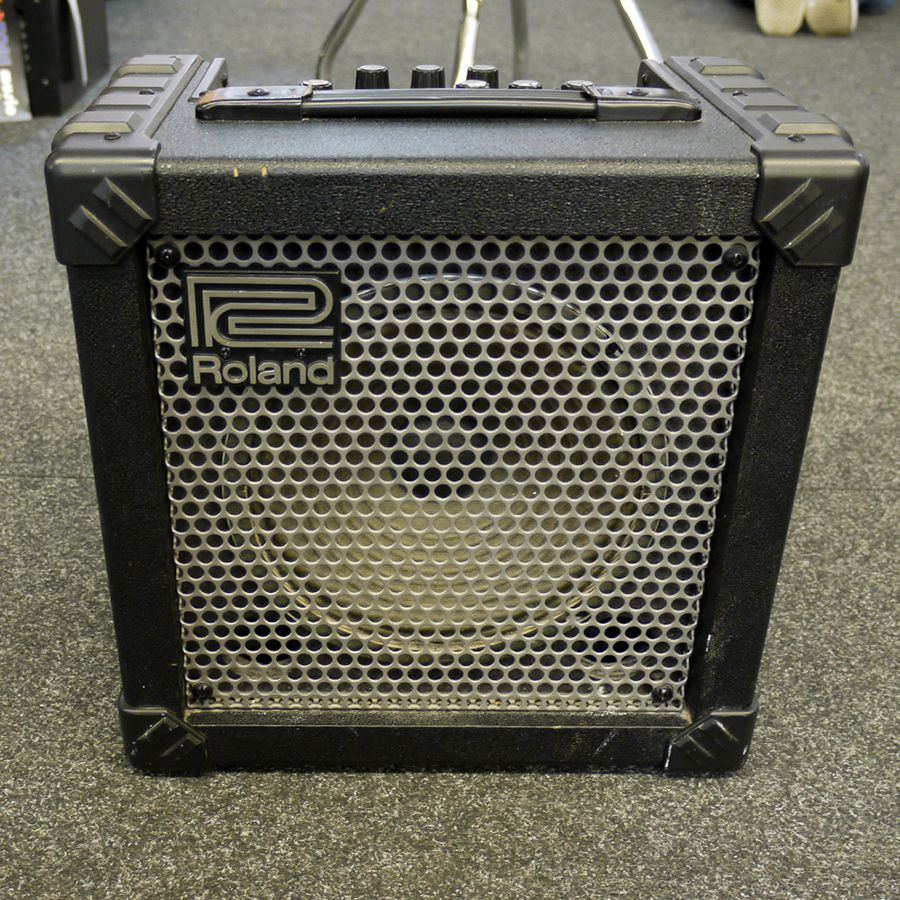 roland cube 15 guitar amplifier combo 2nd hand rich tone music. Black Bedroom Furniture Sets. Home Design Ideas
