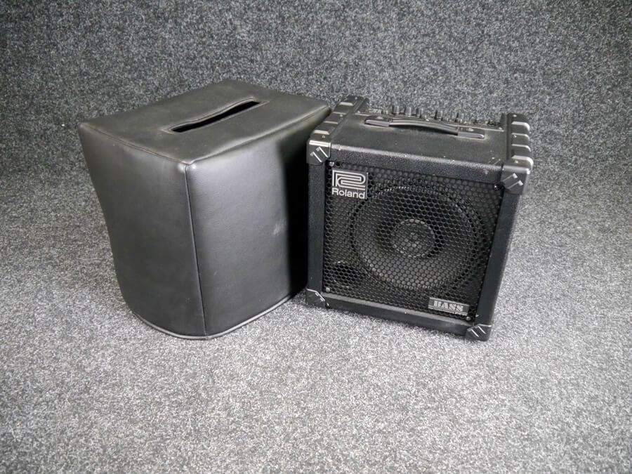roland cube 30 bass amp 2nd hand rich tone music. Black Bedroom Furniture Sets. Home Design Ideas