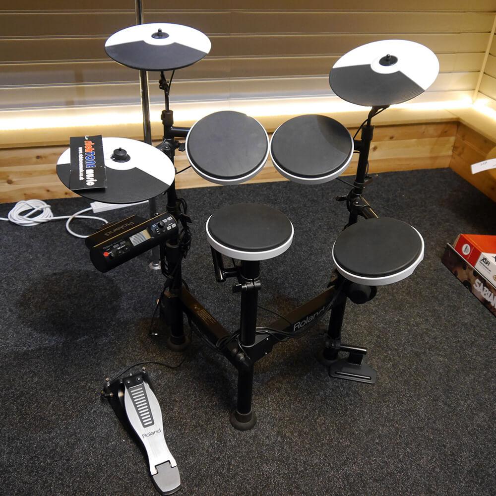 roland td 4kp v drums electronic drum kit 2nd hand rich tone music. Black Bedroom Furniture Sets. Home Design Ideas