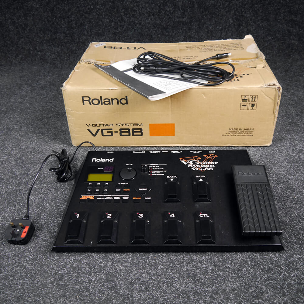 roland vg88 v guitar multi fx pedal w box 2nd hand rich tone music. Black Bedroom Furniture Sets. Home Design Ideas