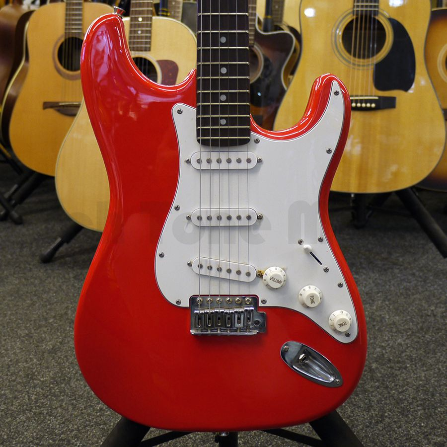 squier stratocaster flame red 2nd hand rich tone music. Black Bedroom Furniture Sets. Home Design Ideas
