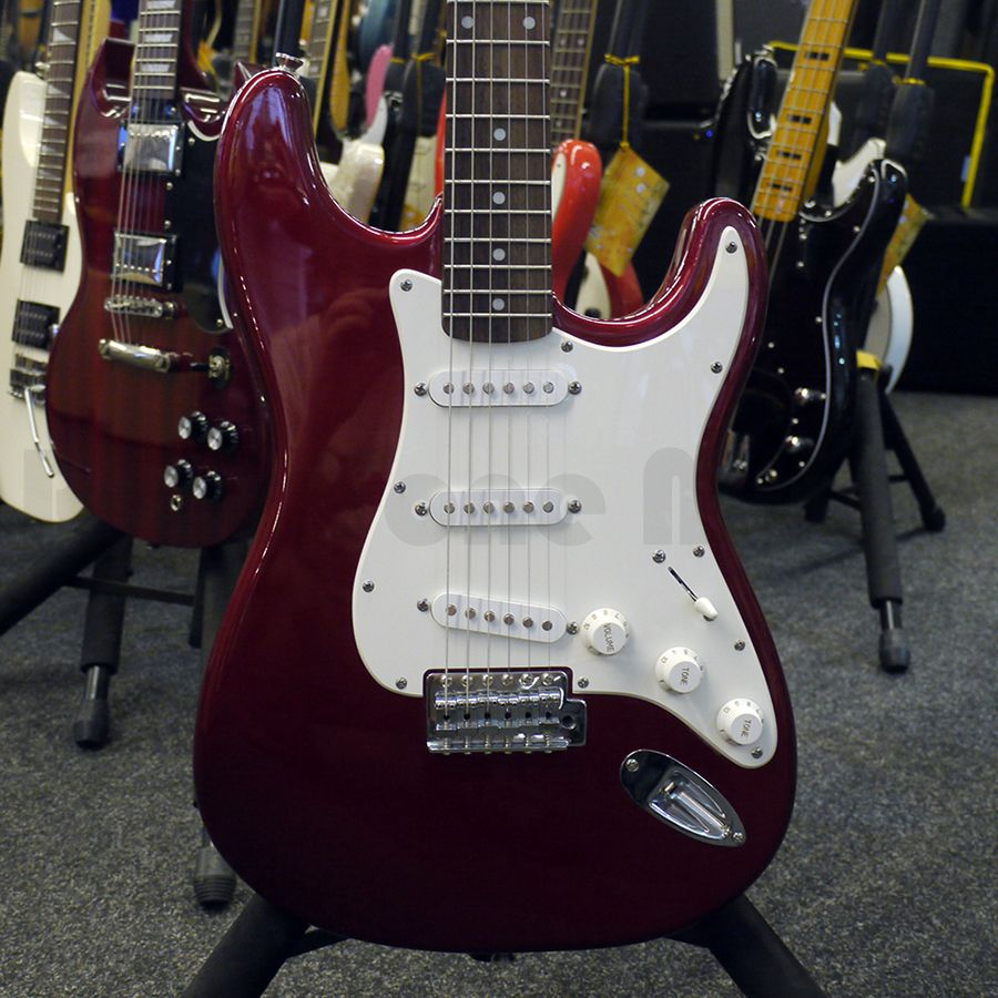 squier affinity stratocaster red w fender decal 2nd hand rich tone music. Black Bedroom Furniture Sets. Home Design Ideas