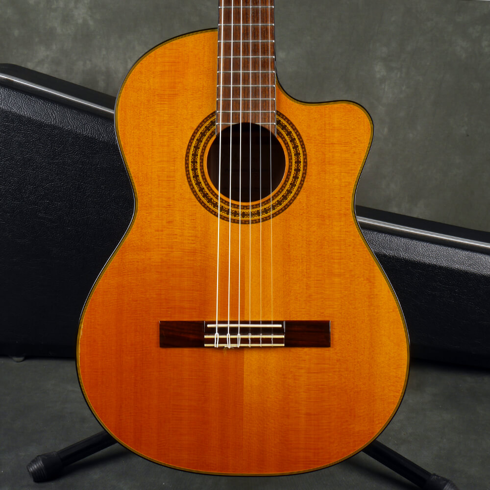 Takamine EG522SC Classical Acoustic Guitar - Natural w/Hard Case - 2nd Hand