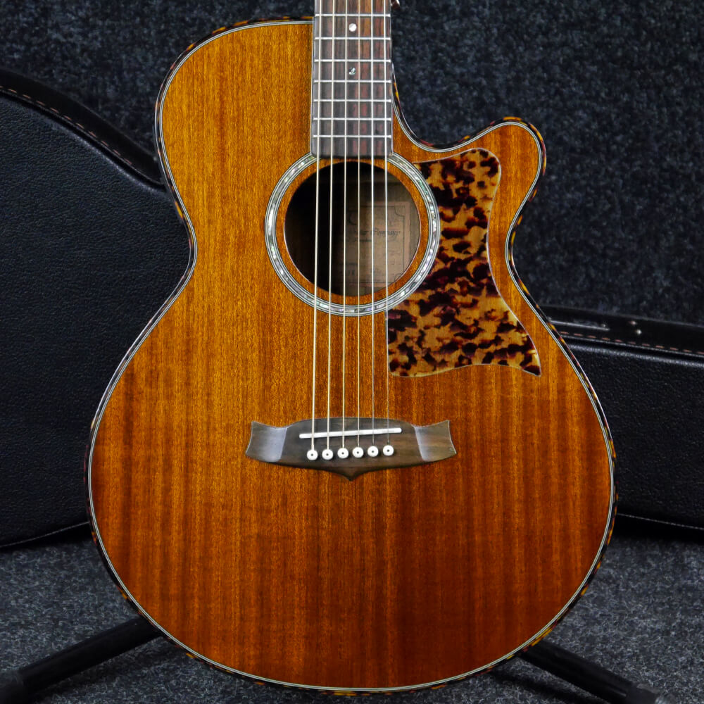 Tanglewood TW47E Sundance Electro-Acoustic - Natural w/Hard Case - 2nd Hand