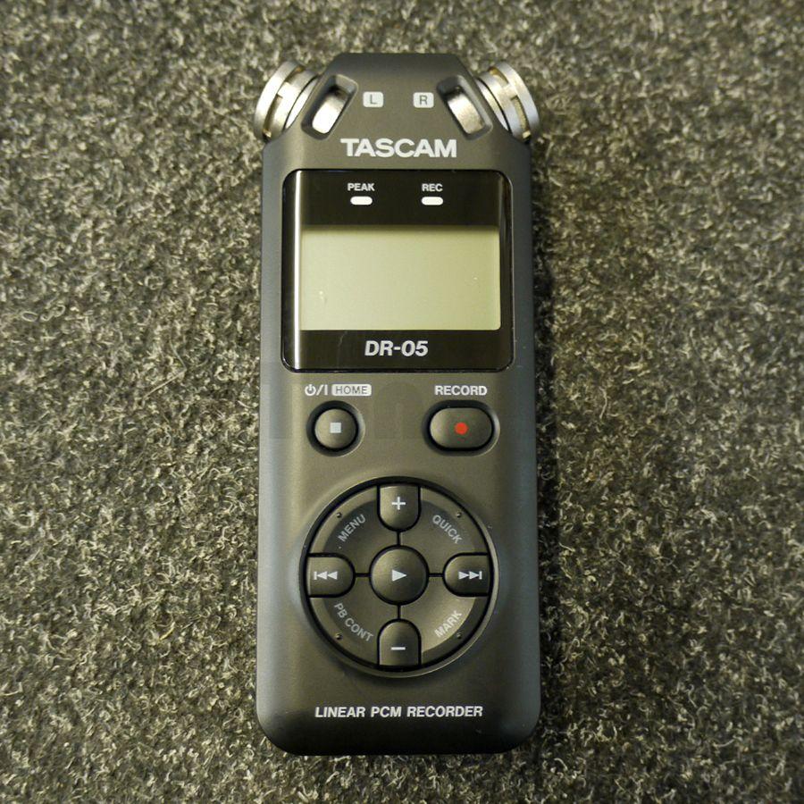Tascam Recorder Dr 05 : tascam dr 05 voice recorder w soft case micro sd card 2nd hand rich tone music ~ Vivirlamusica.com Haus und Dekorationen