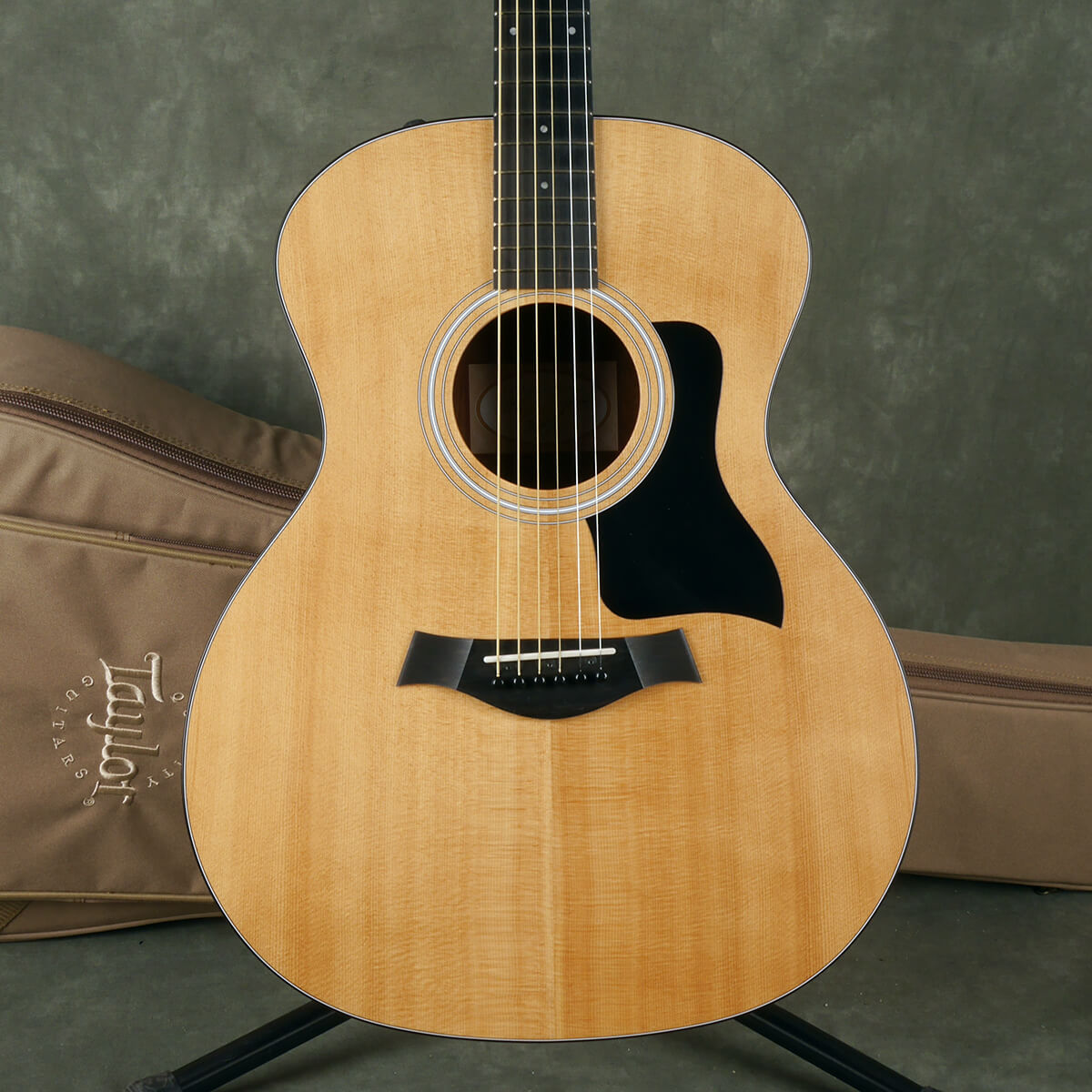 Taylor 114E Electro-Acoustic - Natural w/Gig Bag - 2nd Hand