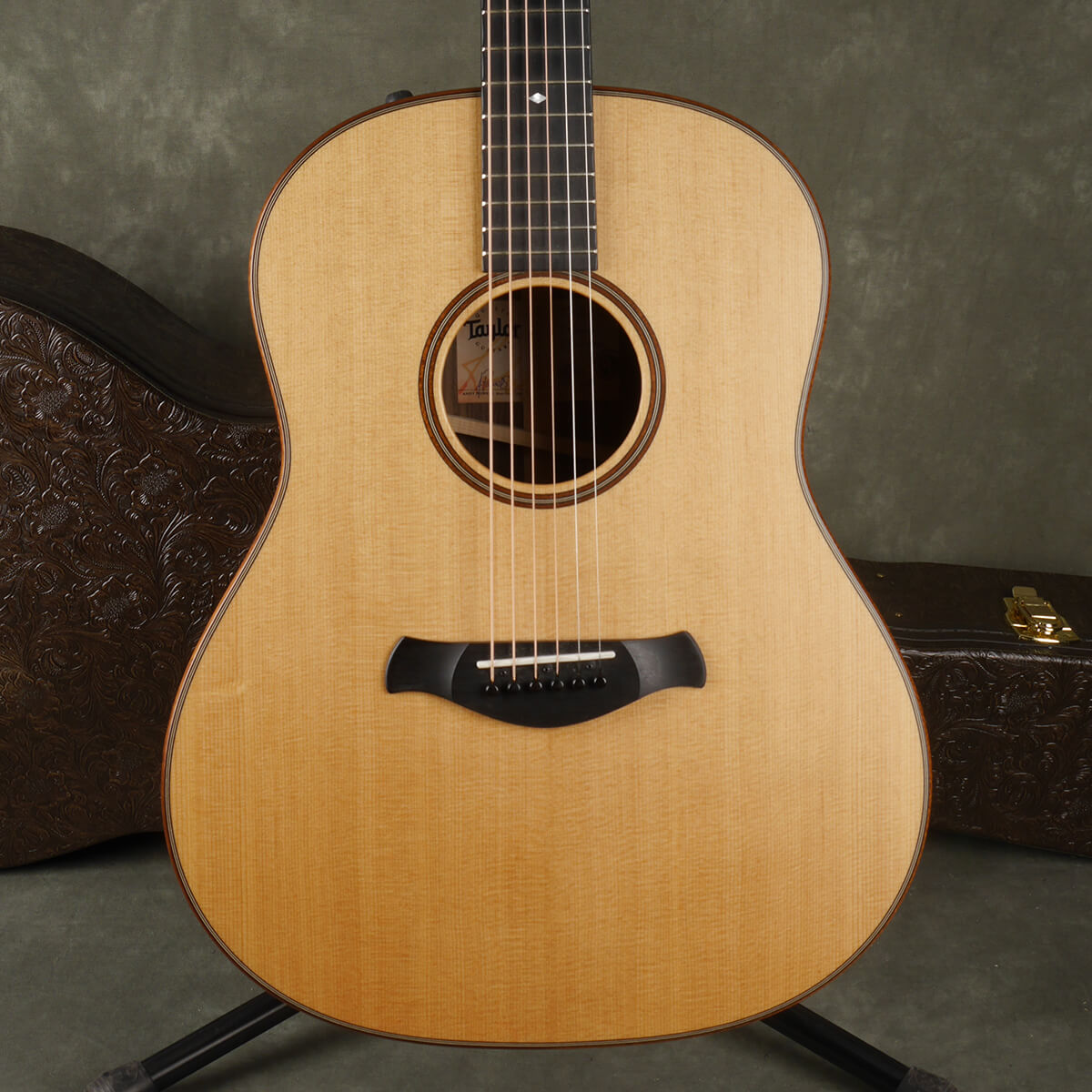 Taylor Builders Edition 717e - Natural w/Hard Case - 2nd Hand