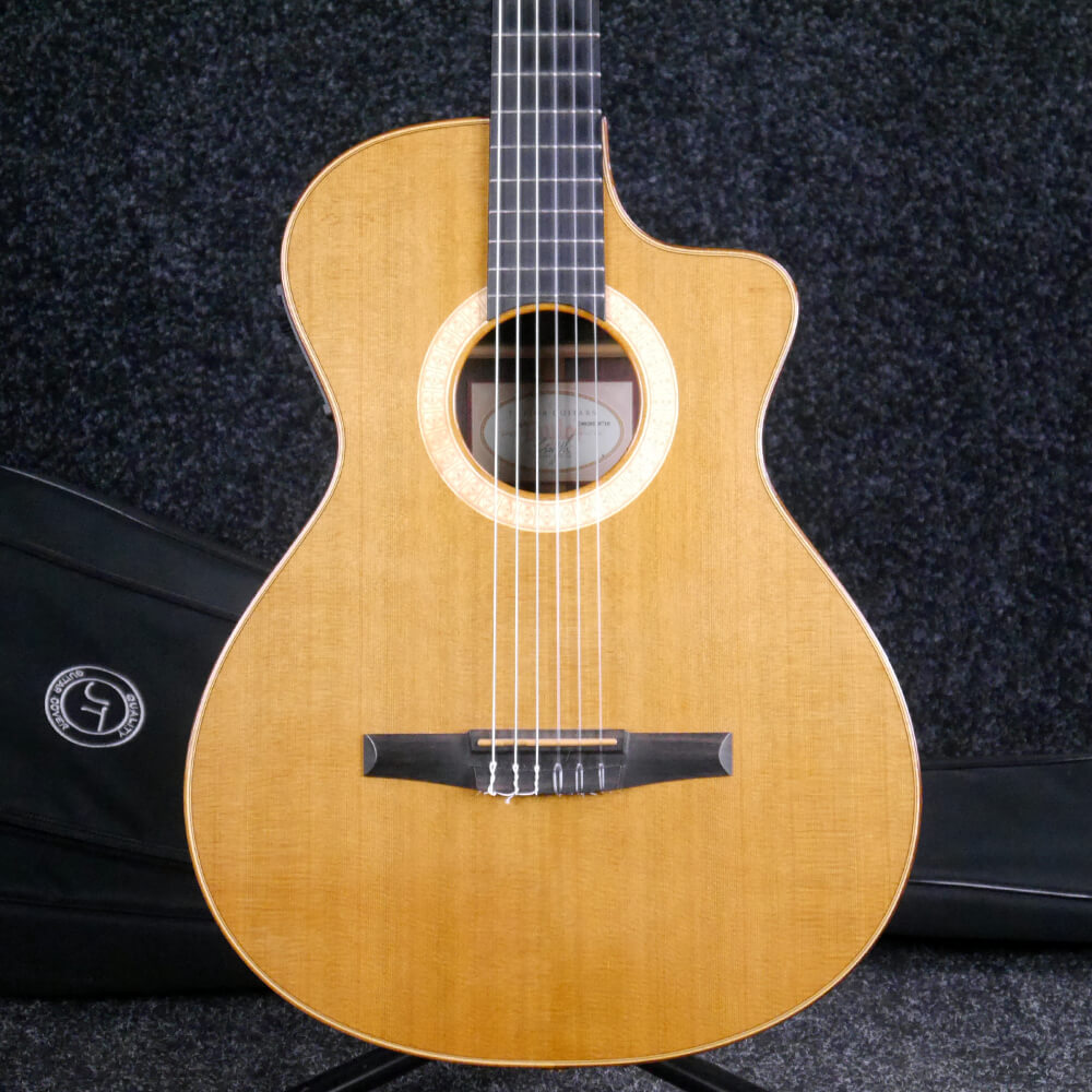 Taylor NS7 Nylon Acoustic Guitar - Natural w/Gig Bag - 2nd Hand