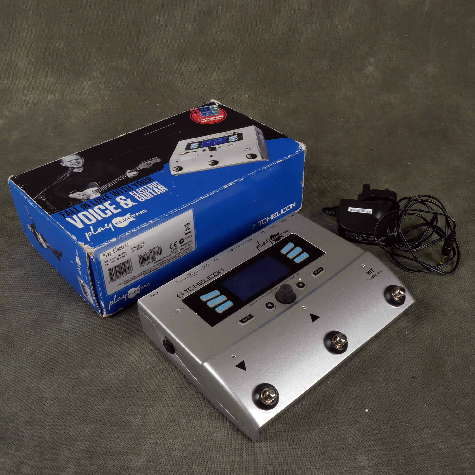 TC Helicon Play Electric Vocal and Guitar Multi-FX w/Box & PSU - 2nd Hand