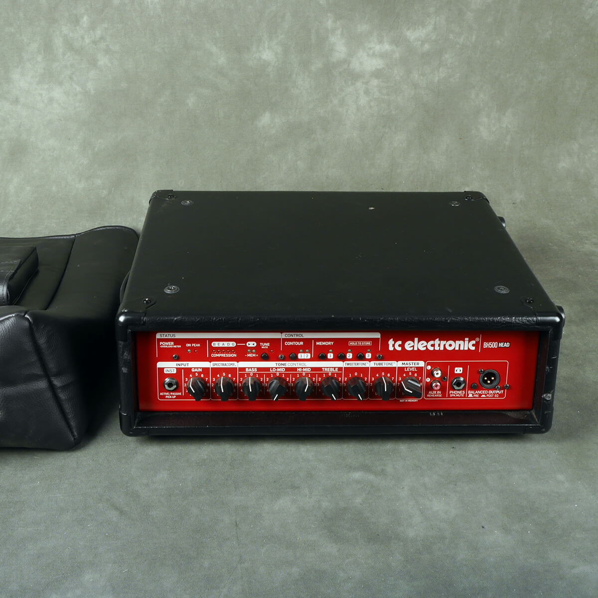 TC Electronics BH500 Bass Amplifier Head w/Cover - 2nd Hand