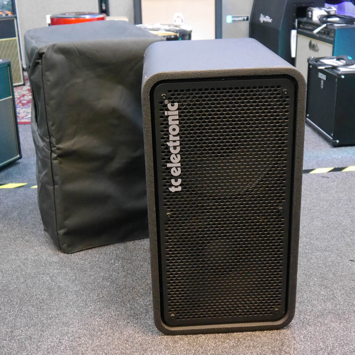 TC Electronic RS212 Bass Cabinet w/Cover - 2nd Hand