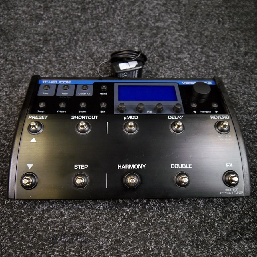 tc helicon voicelive 2 vocal effects processor 2nd hand rich tone music. Black Bedroom Furniture Sets. Home Design Ideas