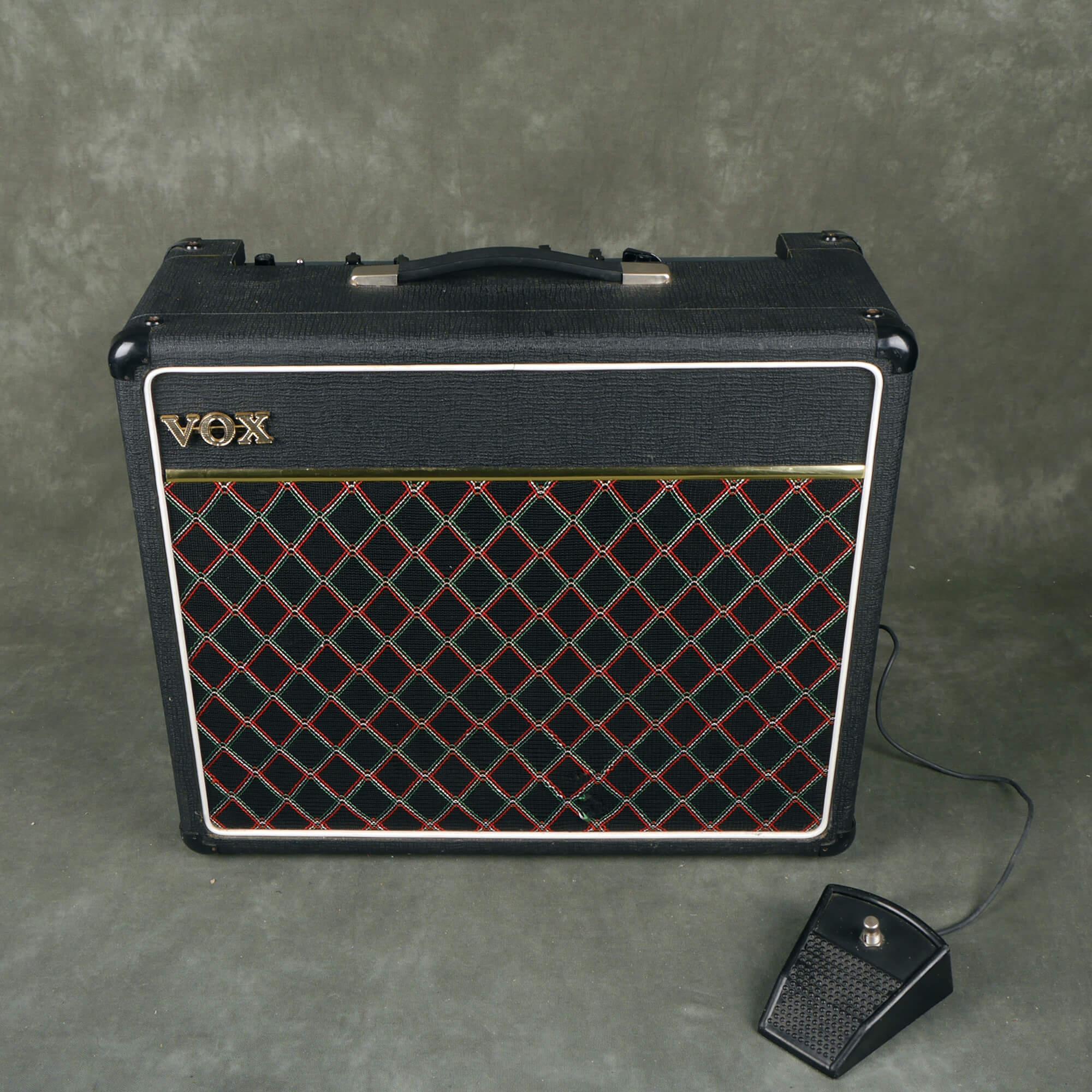 Vox Escort 30 Guitar Combo Amplifier - 2nd Hand