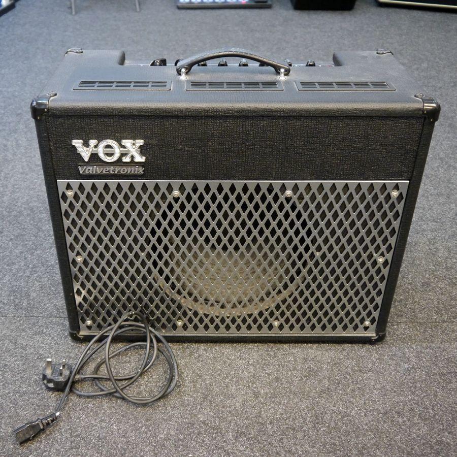 vox valvetronix ad50vt combo amp 2nd hand rich tone music. Black Bedroom Furniture Sets. Home Design Ideas