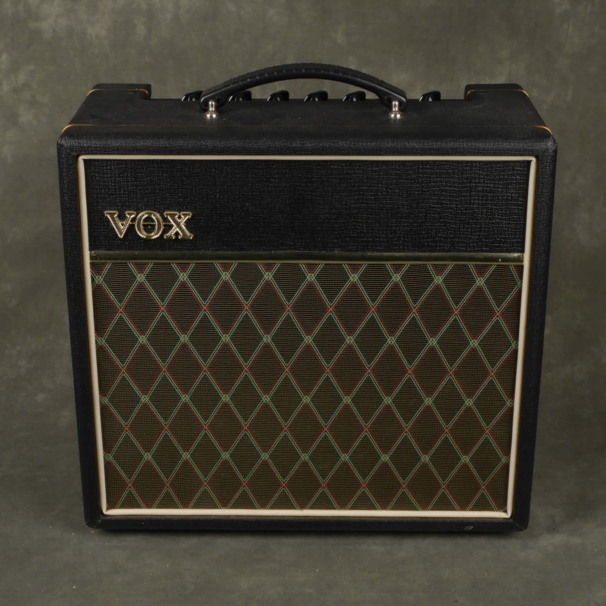 Vox Pathfinder 15R Guitar Amplifier - 2nd Hand