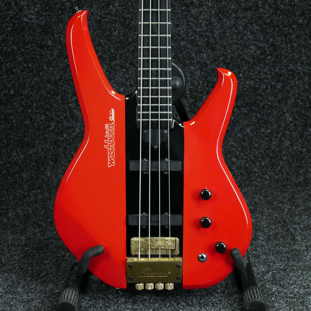 second hand washburn bass guitars rich tone music. Black Bedroom Furniture Sets. Home Design Ideas