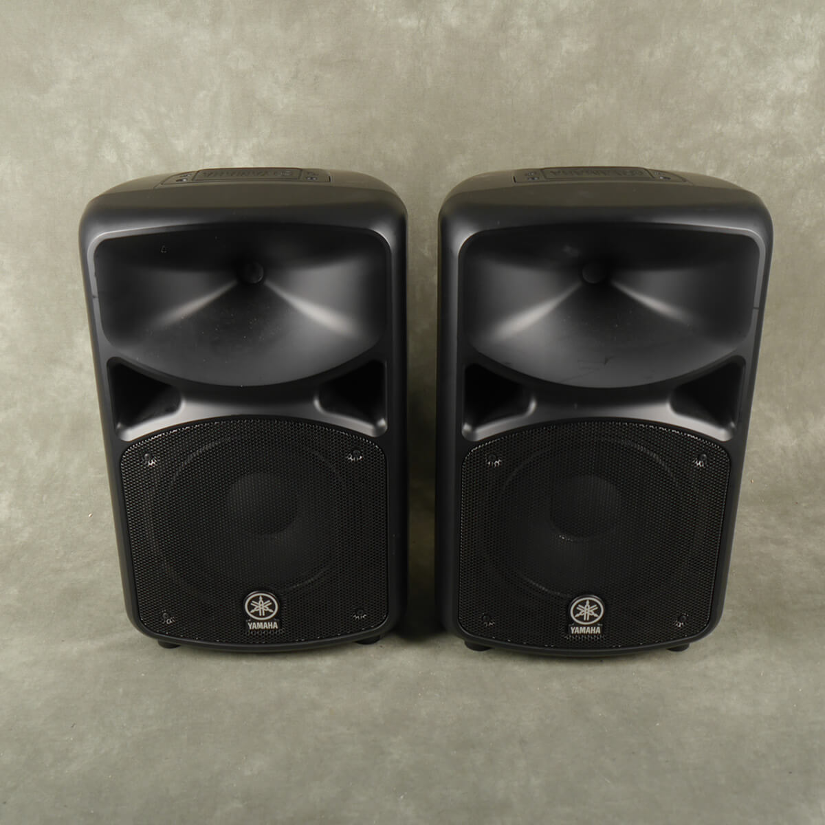 Yamaha Stagepass 600i PA Speakers - 2nd Hand