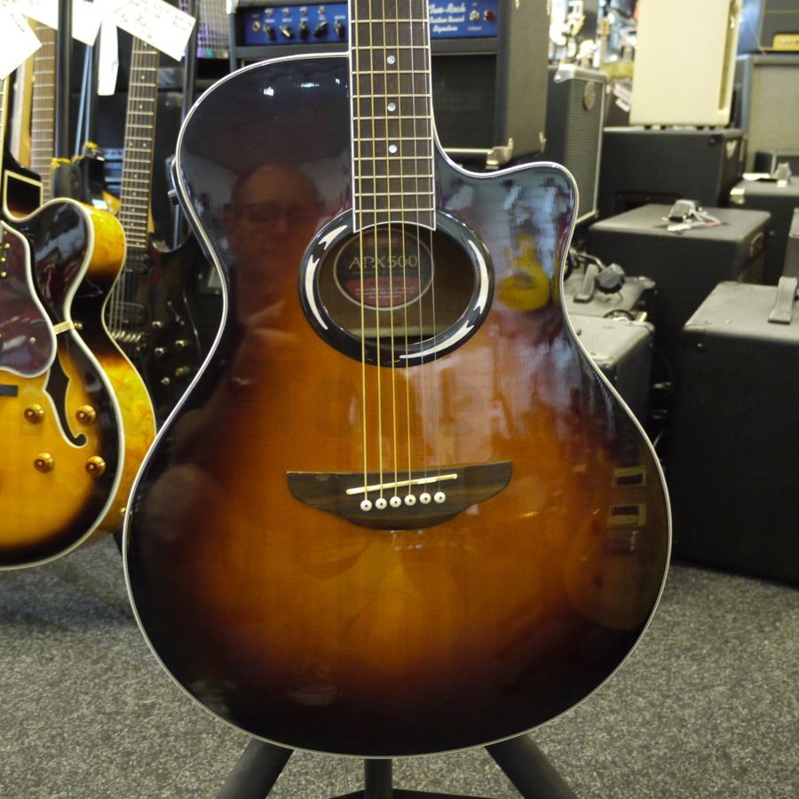 yamaha apx500 sunburst acoustic guitar 2nd hand rich. Black Bedroom Furniture Sets. Home Design Ideas