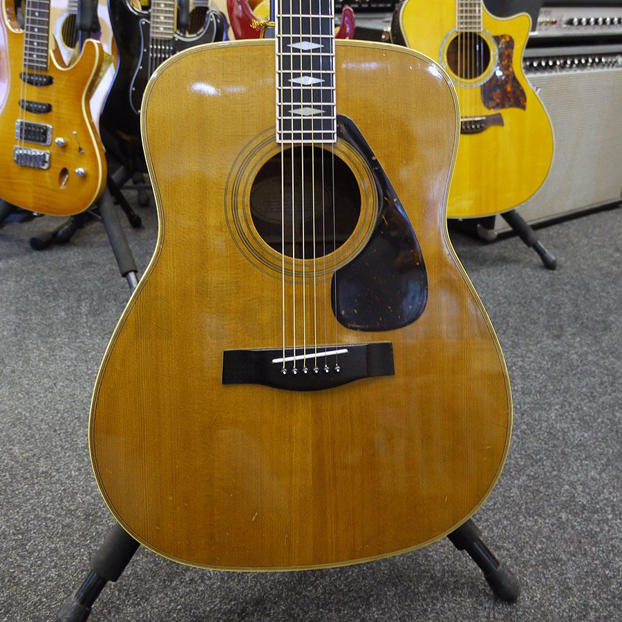 Yamaha fg 375s acoustic guitar 2nd hand rich tone music for Yamaha classic guitar