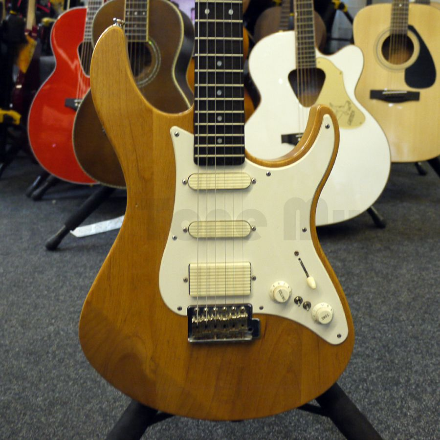 yamaha pacifica 112v electric guitar natural 2nd hand. Black Bedroom Furniture Sets. Home Design Ideas